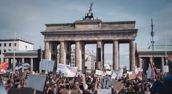 הפגנות המחאה השבוע בברלין. photo: 350.org