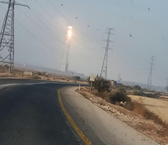 תחנת כוח סולרית תרמית ליד אשלים בנגב | צילום: אורי טייכמן