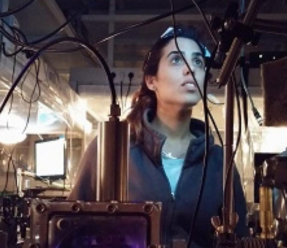 מידע חדש ומפתיע על התהליך שבו האלקטרון עוזב את המולקולה. איילת ג'ולי אוזן | צילום: מעבדת דודוביץ', מכון ויצמן למדע
