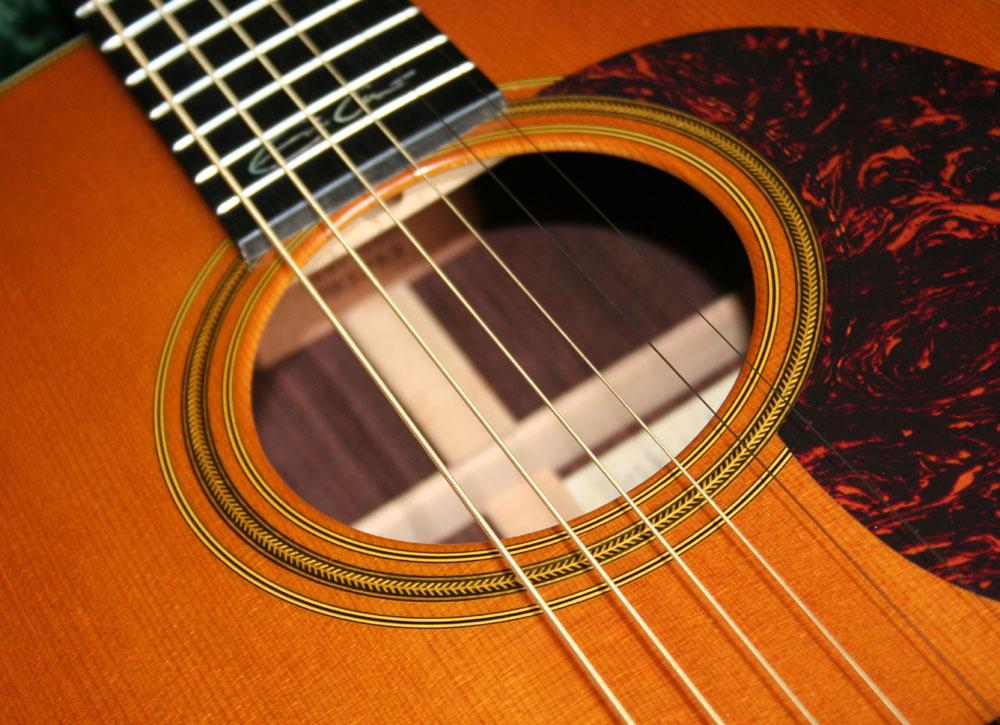 תיבת תהודה של גיטרה אקוסטית