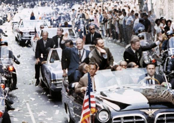 חגיגות ממושכות ומטלות רבות ביחסי ציבור. שלושת האסטרנאוטים מתקבלים במצעד חגיגי בניו יורק | Science Photo Library