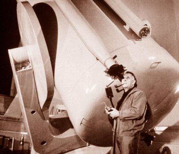 למרות הפרסום, לא זנח את העבודה המדעית. האבל בטלקסופ בהר וילסון | מקור: Science Photo Library