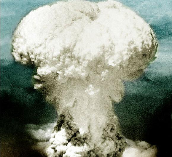 ענן פטרייה שנוצר בעקבות הטלת הפצצה האטומית על נגסקי ב-9 באוגוסט 1945 | מקור: Science Photo Library