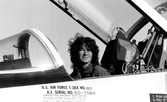 רייד במטוס אימונים של סוכנות החלל | צילום: NASA