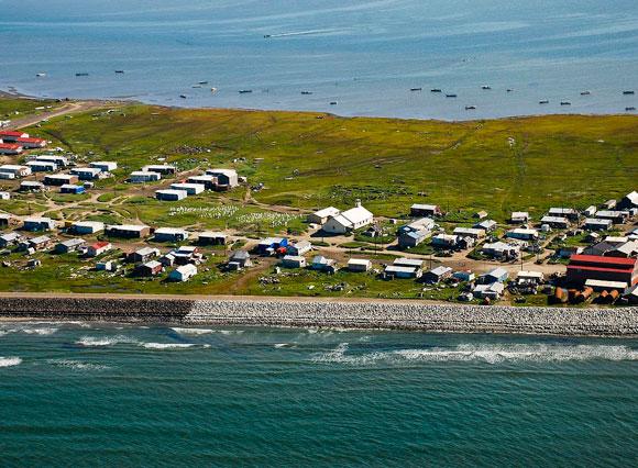 אי באלסקה שוקע