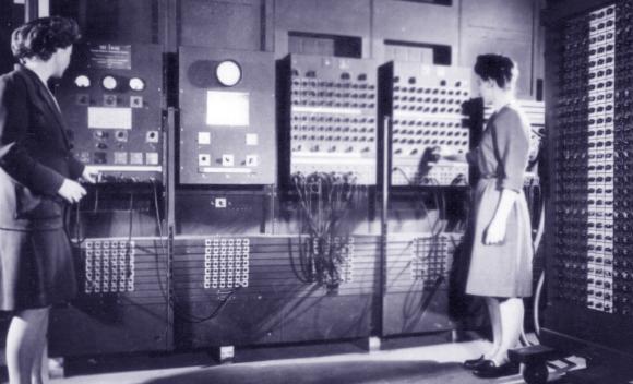 עובדות מפעילות את המחשב ENIAC | ויקיפדיה, United States Army