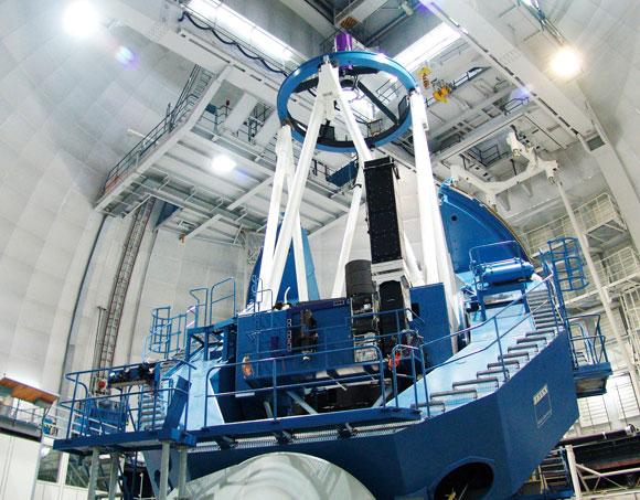 הטלסקופ במצפה הכוכבים קלאר אלטו בצ'ילה, שעליו מותקן מכשיר הספקטרוגרף | צילום: Pedro Amado/Marco Azzaro - IAA/CSIC