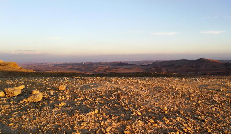 אזור הניסוי במכתש רמון | צילום: Barry Bishop, פורום החלל האוסטרי