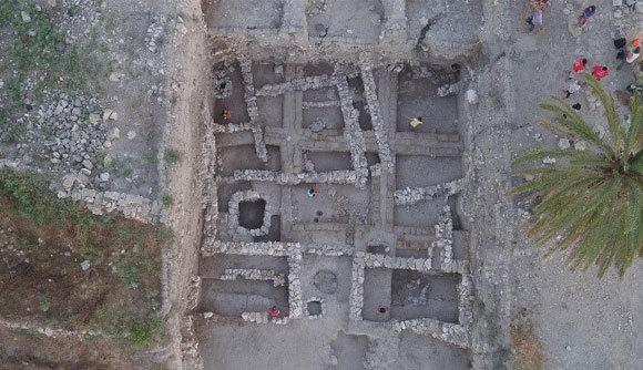 מה אכלו תושבי מגידו במאה ה-15 לפני הספירה? החפירה הארכיאולוגית במגידו, באזור בו נקברו חלק מהאנשים שנבדקו במחקר   © The Megiddo Expedition