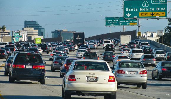 עומס תנועה בלוס אנג'לס   צילום: Vince360, Shutterstock