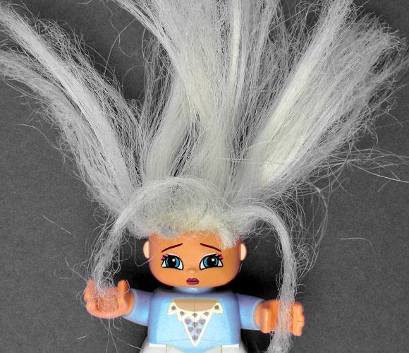 הלחץ עושה את שלו, והורמון הלחץ גורם להאפרה מהירה של השיער | צילום אילוסטרציה: Shutterstock