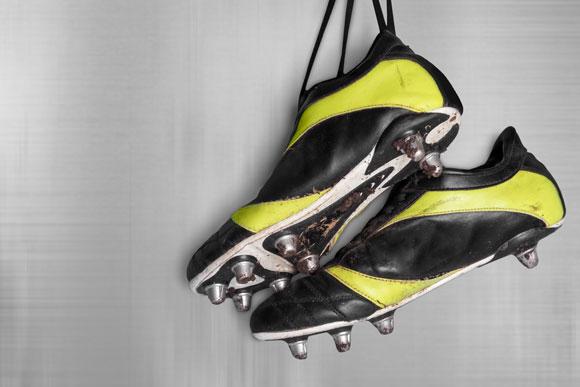 הכל בזכות הברדלס. נעלי פקקים   צילום: Shutterstock