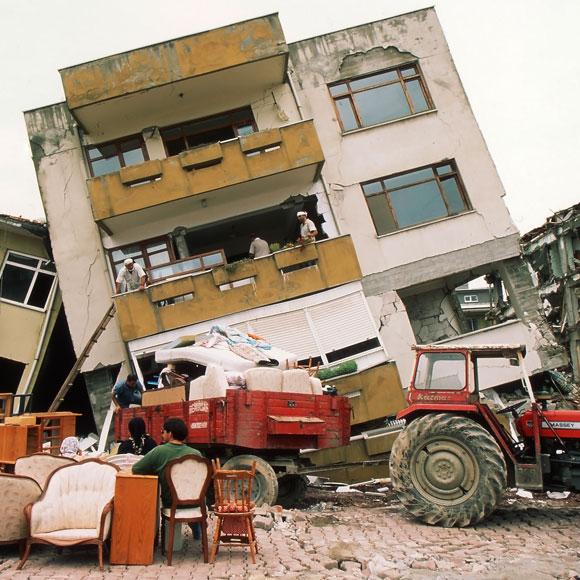 רעידת אדמה חזקה בטורקיה, 1999