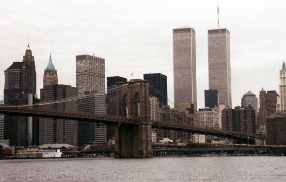 מגדלי התאומים בקו הרקיע של מנהטן, לפני שקרסו בפיגועי 11 בספטמבר 2001 | צילום: 360b, Shutterstock