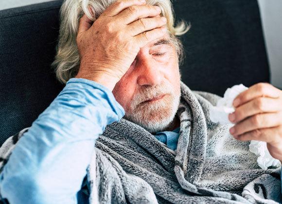 עייפות כרונית ופגיעה באיכות החיים עלולים להתלוות להחלמה מקורונה | צילום אילוסטרציה: simona pilolla 2, Shutterstock