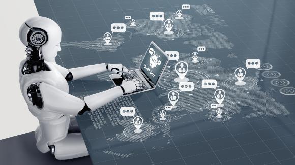 רובוט מתכתב במחשב | איור: Blue Planet Studio, Shutterstock