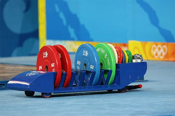 משקולות באולימפיאדת בייג'ינג, 2008 | צילום: photoyh, Shutterstock