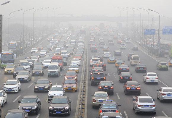 פקק תנועה בבייג'ינג, בירת סין. צילום: testing, Shutterstock