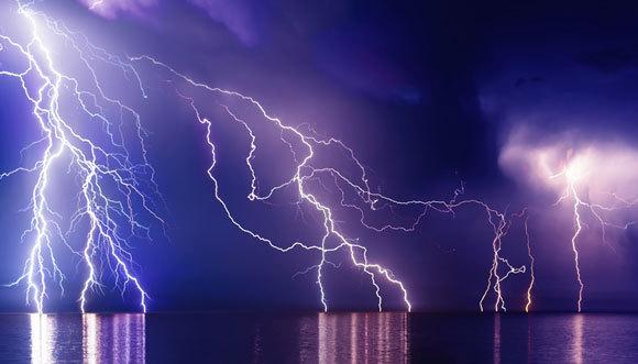 סופת ברקים מעל הים השחור | צילום: Svet_Feo, Shutterstock
