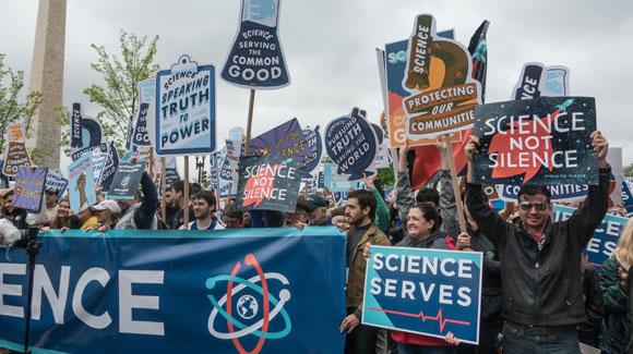 מפגינים למען המדע בוושינגטון הבירה, 2017 | צילום: bakdc, Shutterstock