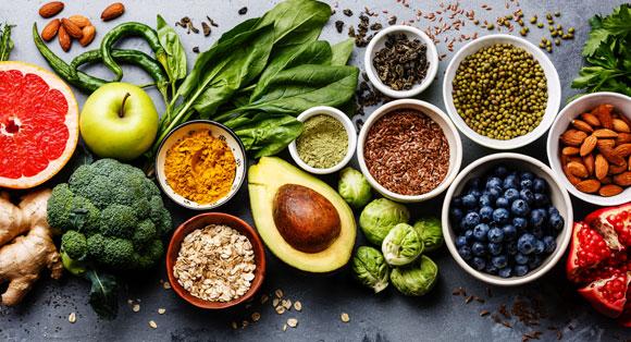 מגוון מזונות מהצומח | צילום אילוסטרציה: Shutterstock